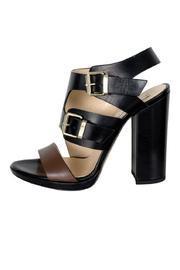 Dao Sandals