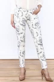 White Teaser Skinny Pants