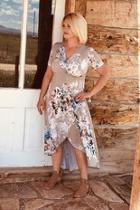 Hi-lo Floral Maxi-dress