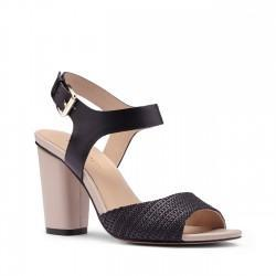 Solesociety Sole Society Caddie Block Heel Sandal - Black-5.5