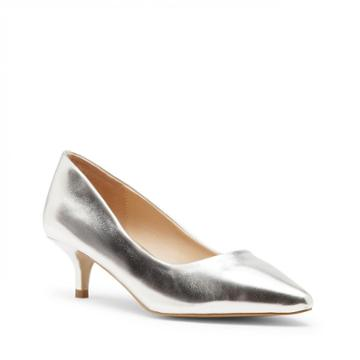 Sole Society Sole Society Leia Kitten Heel Pump - Silver-6