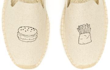 Soludos Men's Jason Polan Burger & Fries Embroidered Smoking Slipper In Sand
