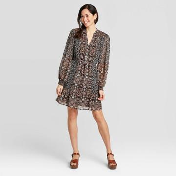Women's Paisley Mixed Print Long Sleeve V-neck Woven Dress - Knox Rose Black