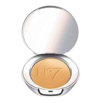 No7 Lift & Luminate Triple Action Translucent Finishing Powder Medium - .30oz,