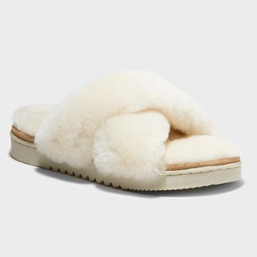 Women's Dluxe By Dearfoams Rossland Genuine Shearling Crossband Slippers - Natural