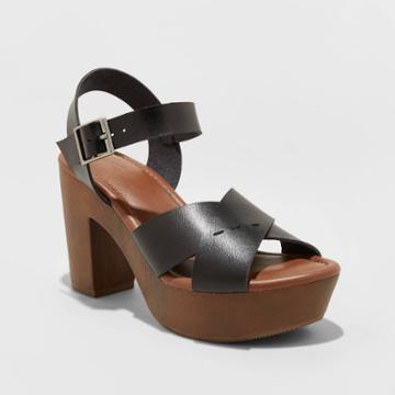 Women's Estella Faux Leather Wood Bottom Crossband Heel Pumps - Universal Thread Black