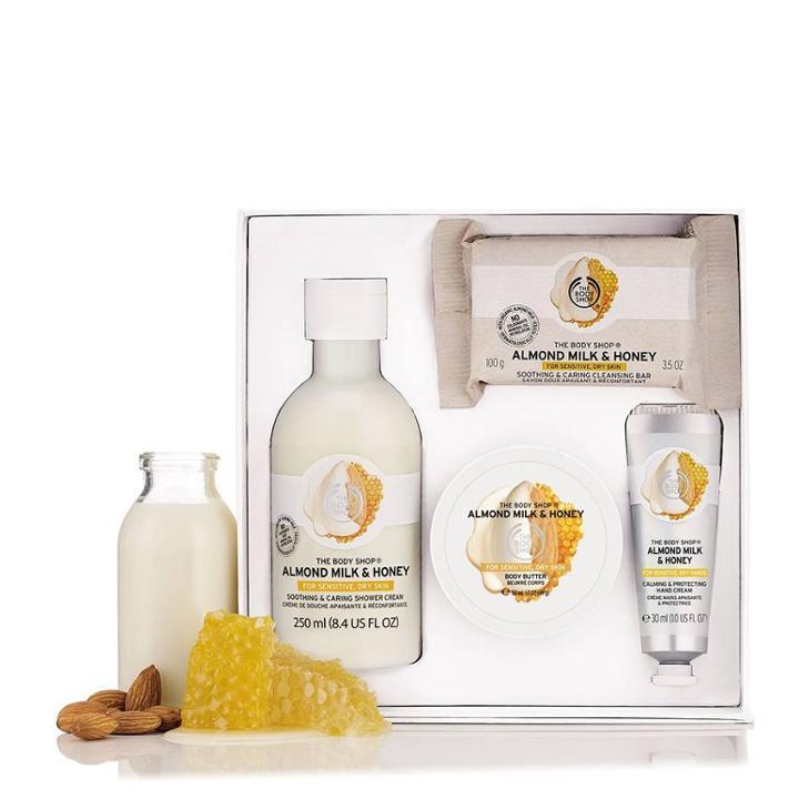 The Body Shop Almond Milk & Honey Bath Body Small Gift