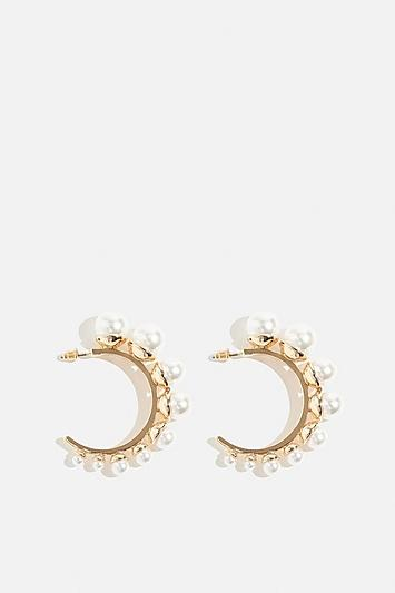 Skinny Dip Pearl Hoop Earrings By Skinnydip