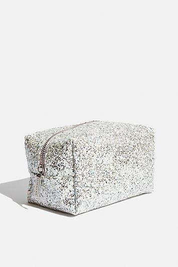 Skinny Dip *arctic Makeup Bag By Skinnydip