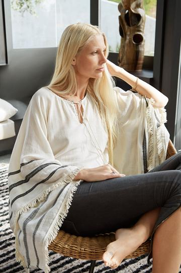 Velvet Clothing Petunia Cotton Woven Fringe Poncho-cream-kirstyhume