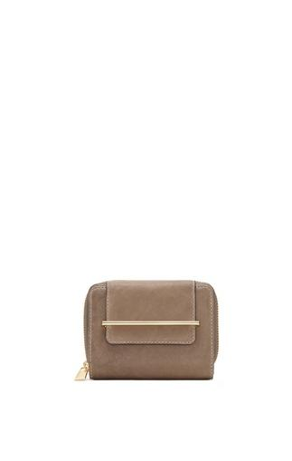Vince Camuto Maray - Flap Indexer