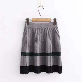 Contrast Trim Accordion Pleated Knit Skirt