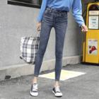 Slim-fit Pants/ Cropped Pants