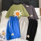 Set: Flower Print Elbow-sleeve T-shirt + Shorts