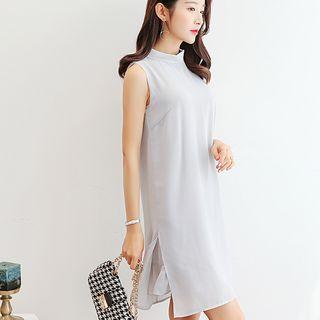 Collared Sleeveless Chiffon Dress