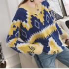 Pattern V-neck Chunky Sweater