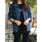 Dual-pocket Distressed Denim Jacket