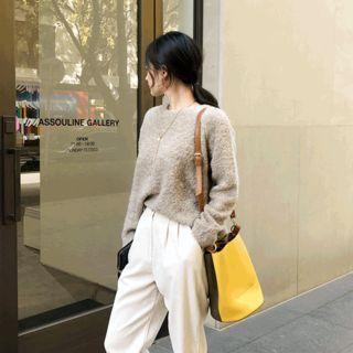 Round-neck Boucl  Knit Top