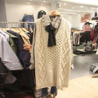 Set: Ruffle Trim Blouse + Cable-knit Long Vest
