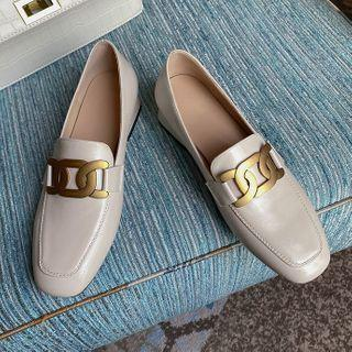Chained Low Heel Loafers