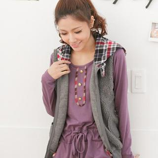 Plaid-hood Fleece Vest