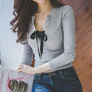 Lace-up Long-sleeve T-shirt