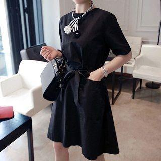 Short-sleeve Tie-waist Dress Black - One Size