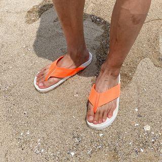 Wide-strap Neon Flip-flops