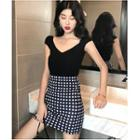 Short-sleeve Knit Top / Plaid Fitted Skirt