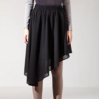 Asymmetric-hem Skirt