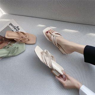 Block Heel Flip-flops