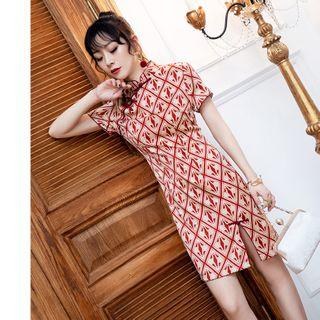 Short-sleeve Patterned Mini Slit Qipao