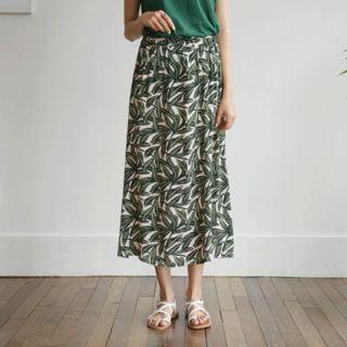 Band-waist Foliage Long Flare Skirt