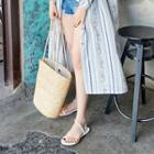 Oversized Straw Bucket Tote