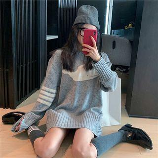 Whale Loose-fit Sweater