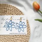Cut-out Flower Dangle Earring