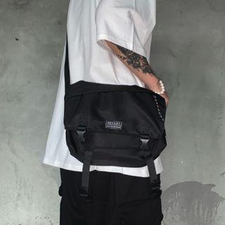 Lightweight Lettering Messenger Bag Black -