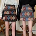 Patterned Mini Fitted Skirt
