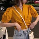 Elbow-sleeve Twisted Blouse