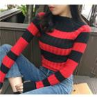 Mock-neck Color Block Knit Pullover