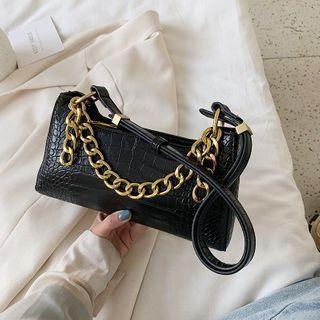 Chain Crocodile Grain Zip Shoulder Bag
