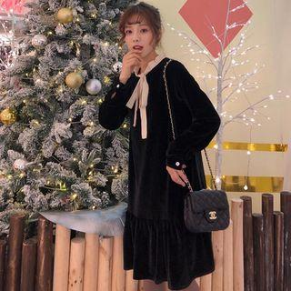 Lace-up Velvet Long-sleeve A-line Dress