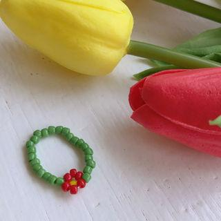 Flower Beaded Ring Green - One Size