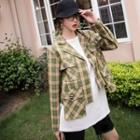 Cropped Plaid Buttoned Jacket