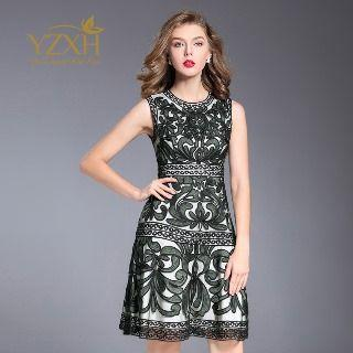 Sleeveless Applique A-line Dress