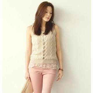 Lace Underlay Sleeveless Cable-knit Vest