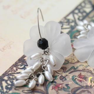 Bohemia Petal Earrings