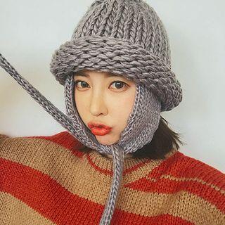 Earflap Chunky-knit Beanie