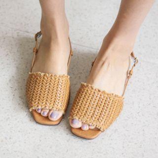 Square-toe Woven Sandals