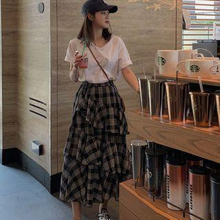 Set: Short-sleeve T-shirt + Midi Tiered Skirt